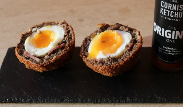 English Breakfast Scotch Egg