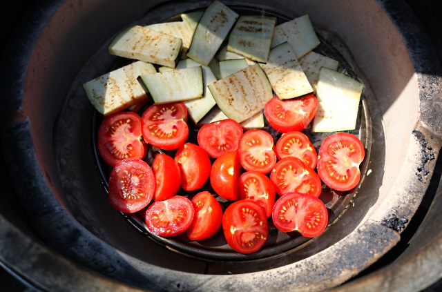 Tomatoes and aubergine in a Big Green Egg ready for smoking