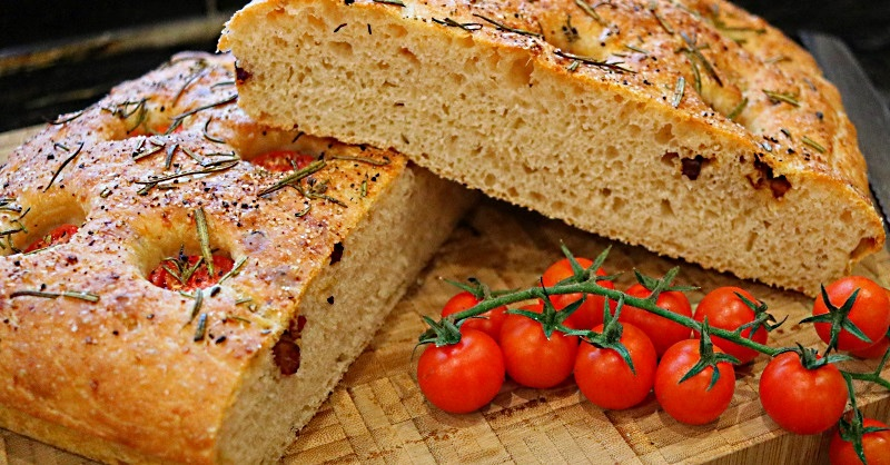 Focaccia with smoked pancetta and cherry tomatoes