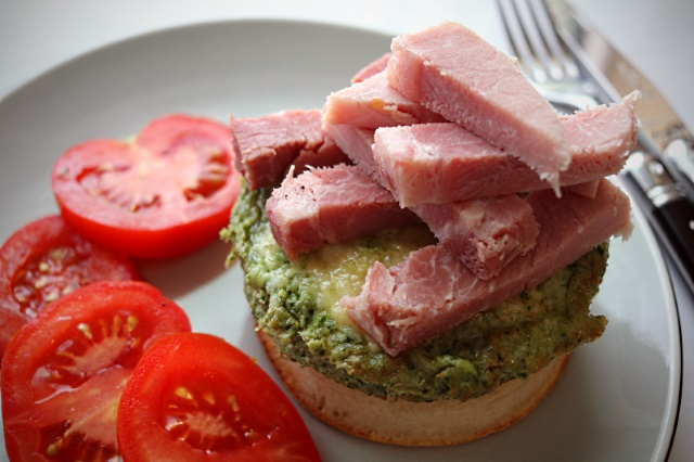 Green eggs and ham crumpet with vine tomatoes