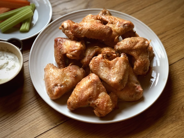 Salt 'n' vinegar chicken wings served with ranch dipping sauce
