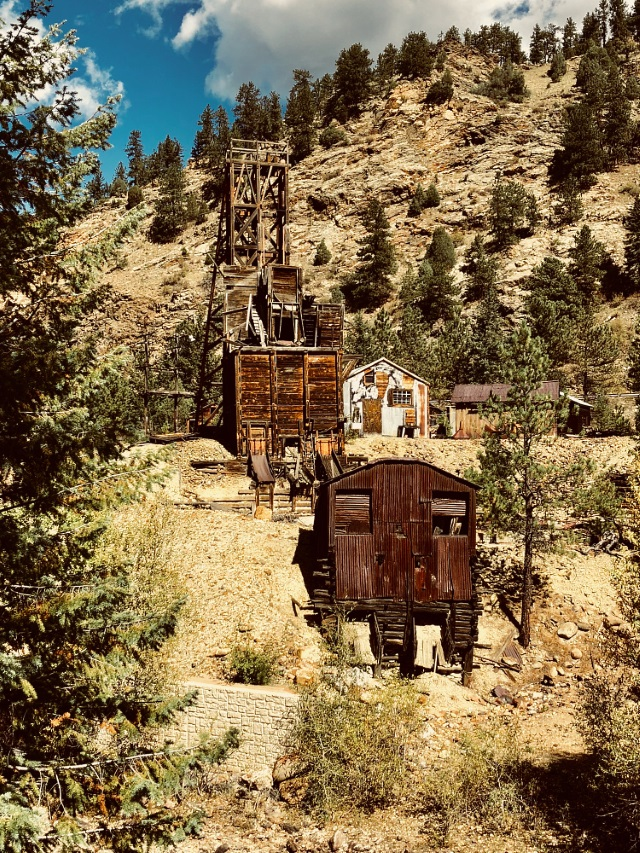 Mine shaft and outbuildings near Idaho Springs